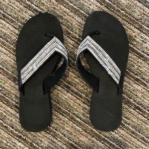 Shoes - Like new! Black sparkly flip flops